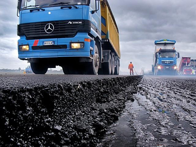 012_industrial_pesaresi_asfalto_foto_morosetti