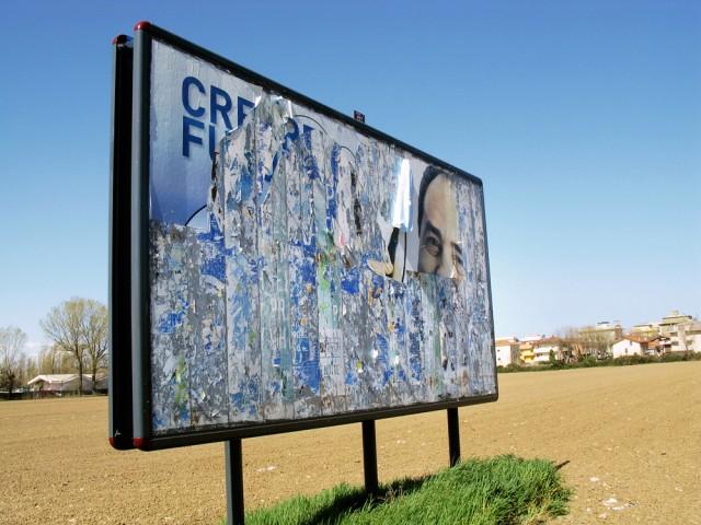 015_privati_poster_art_manifesto_strappo_foto_morosetti