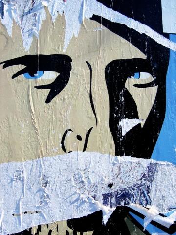 023_privati_poster_art_manifesto_strappo_foto_morosetti